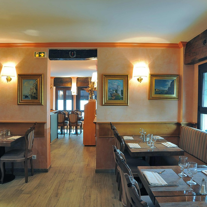 Restyling des Restaurants Visconti  1074